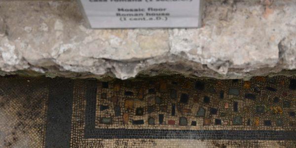 Extrem alte Mosaike