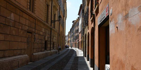 Gasse in Modena
