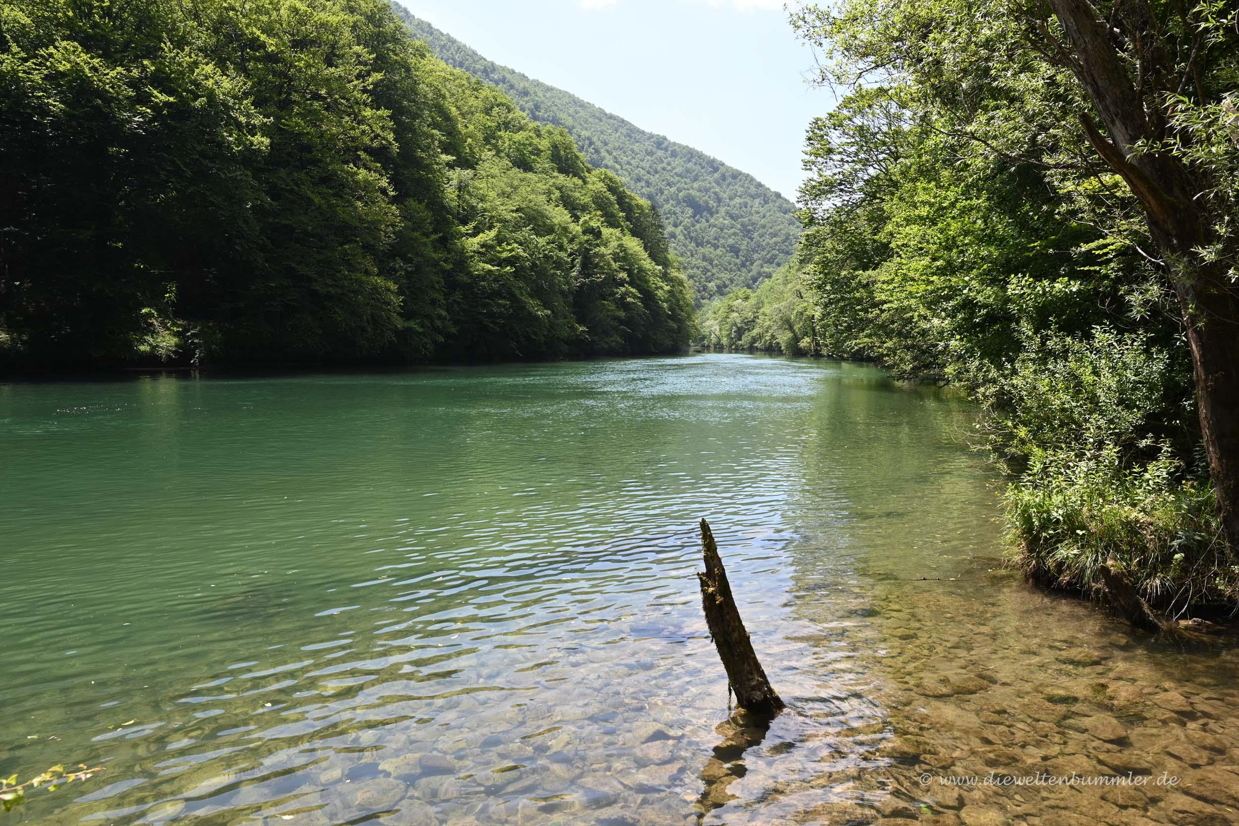 Grenzfluss zu Kroatien