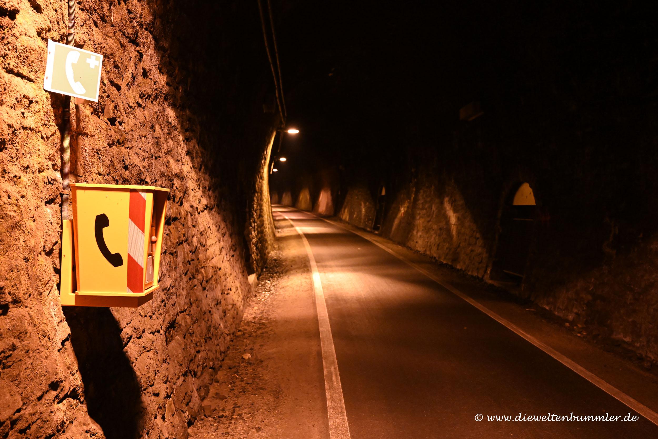 Notrufstation im Milsburgtunnel
