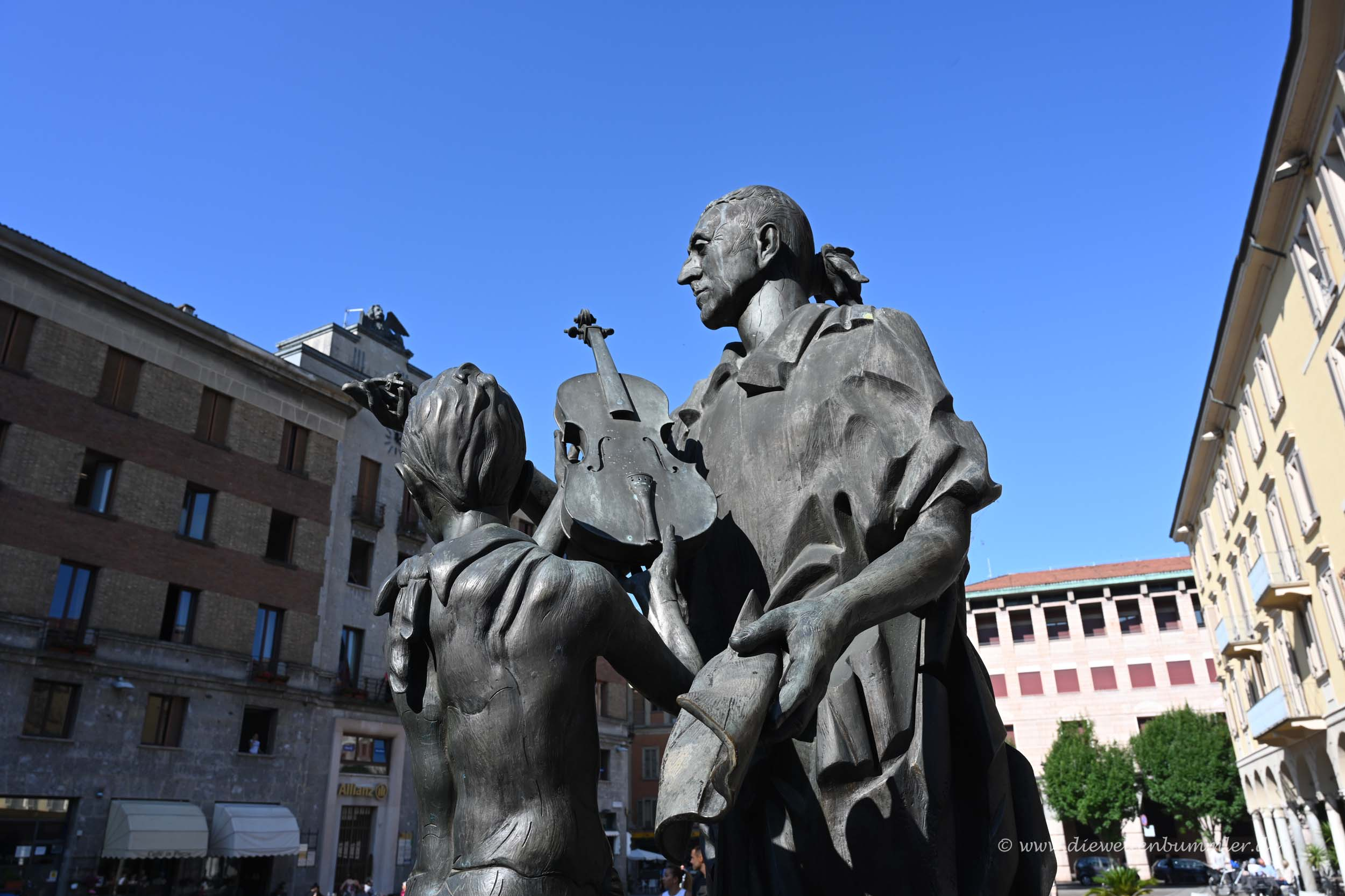 Skulptur Stradivari
