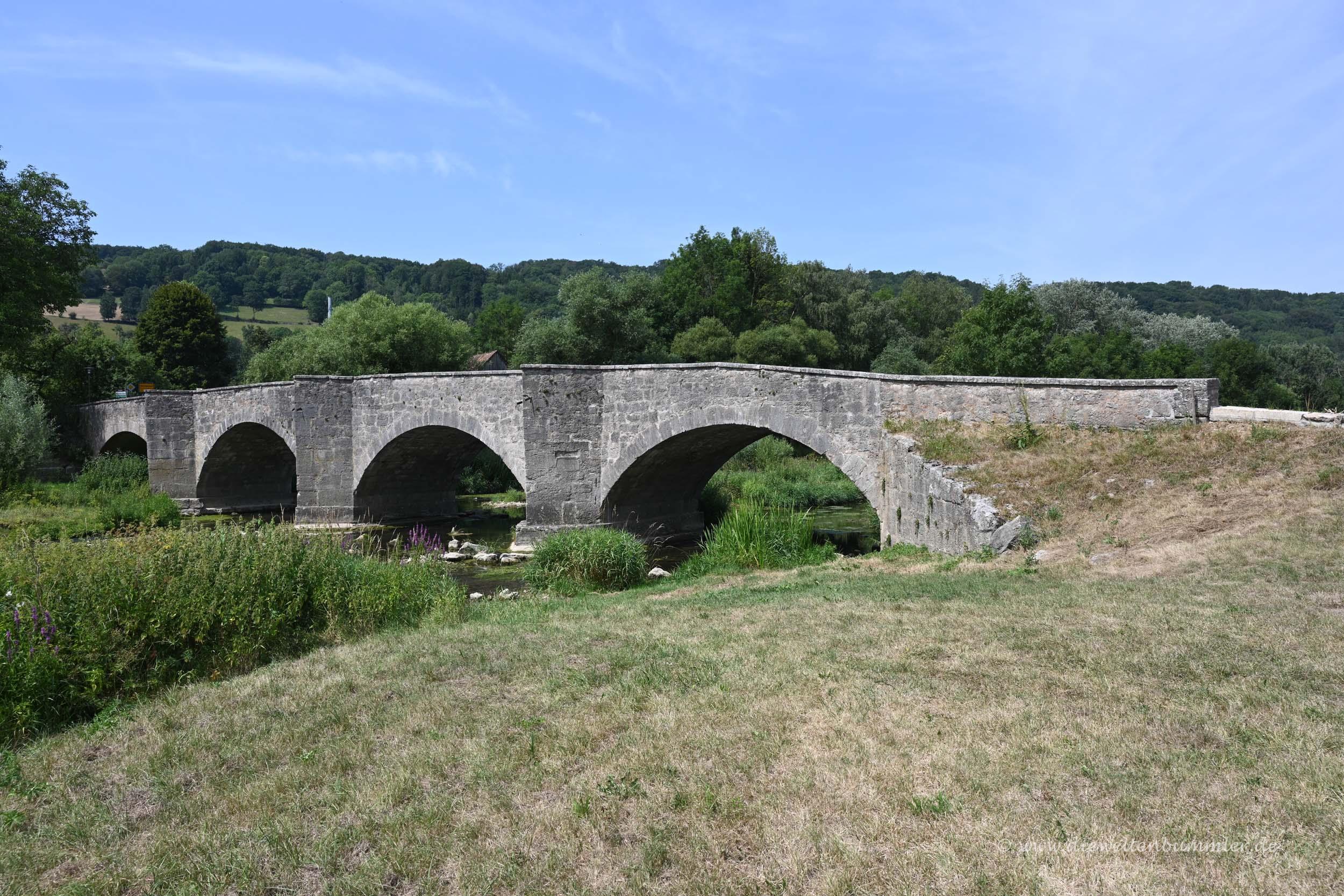 Brücke über die Jagst