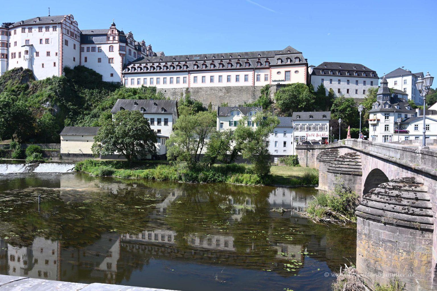 Schloss in Weilburg | Die Weltenbummler