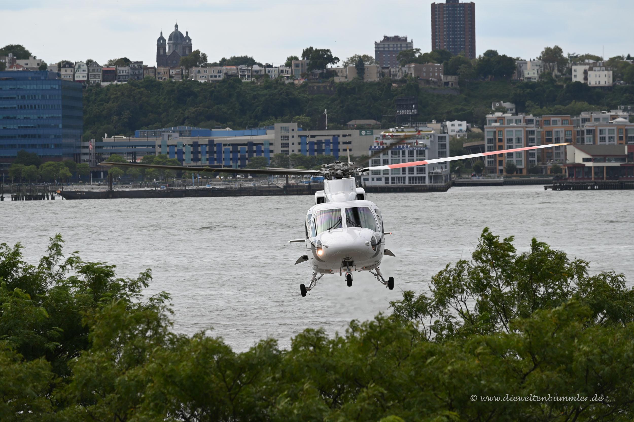 Helikopterlandung am Hudson River