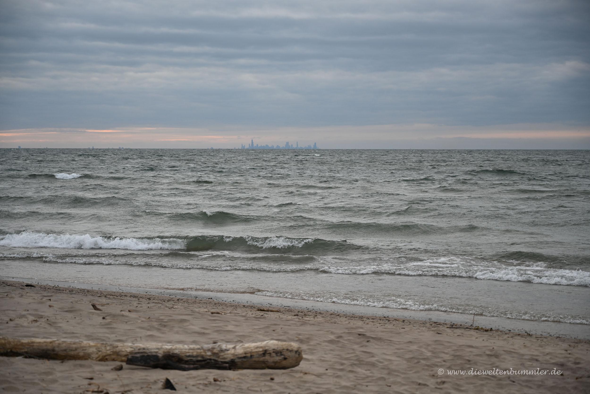 Blick über den Michigansee nach Chicago