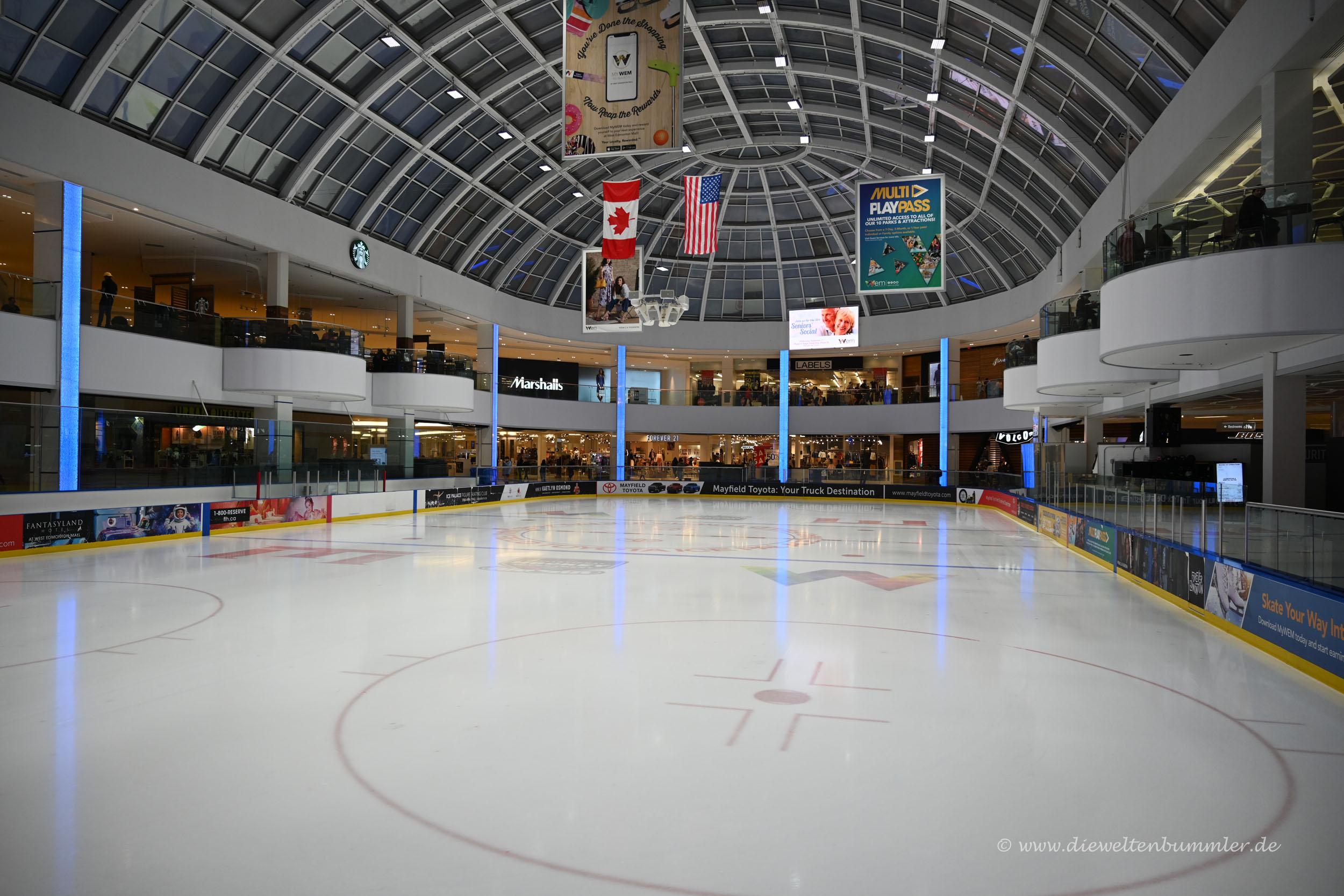 Eisfläche im Einkaufszentrum