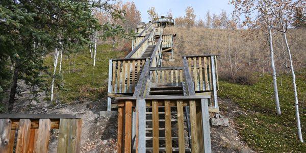 Treppen nach kleiner Wanderung