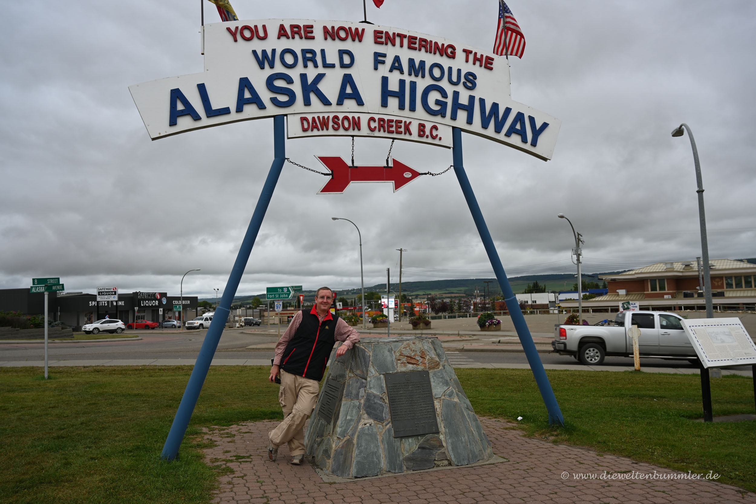 Michael Moll am Alaska Highway