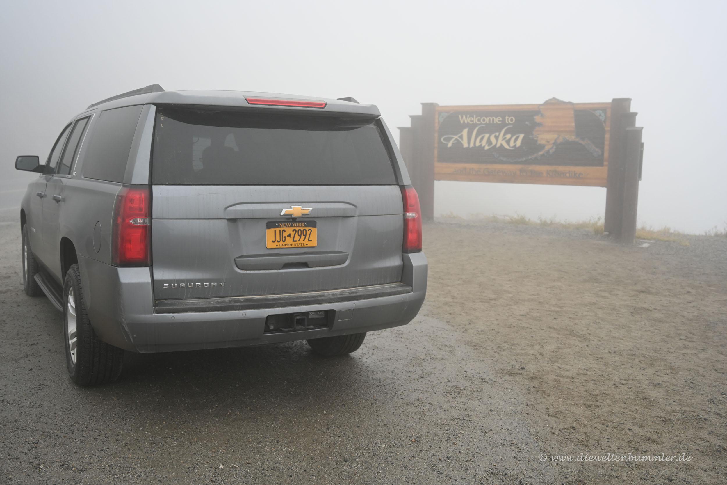 Mit New Yorker Auto in Alaska