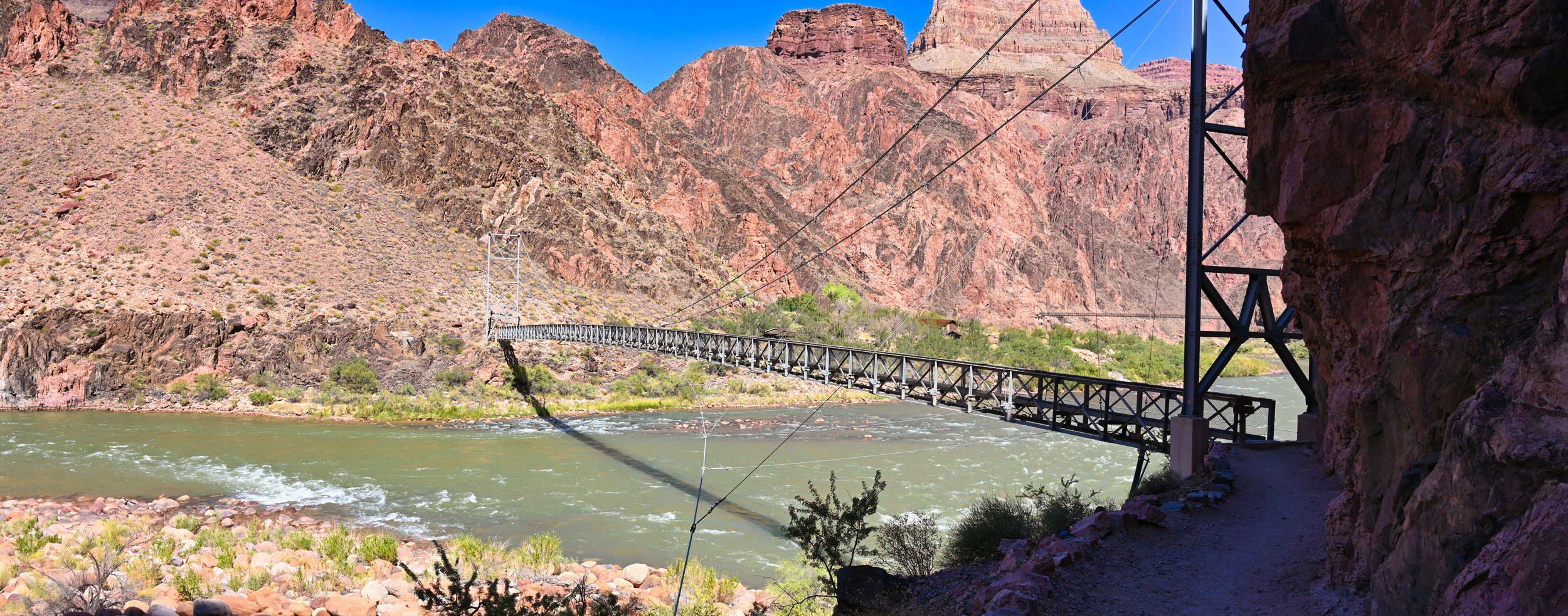 Brücke über dem Colorado River