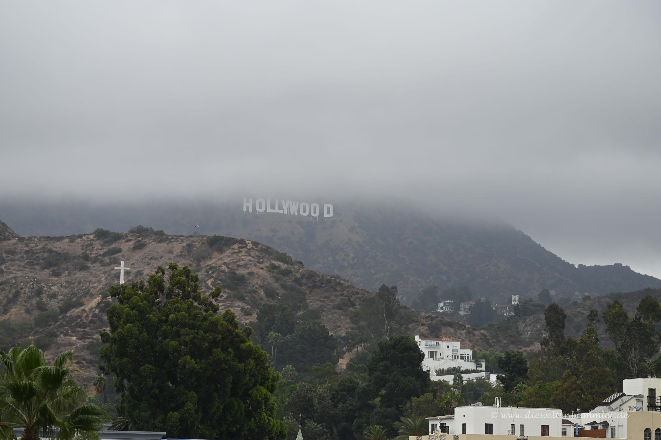 Hollywood-Schriftzug im Nebel