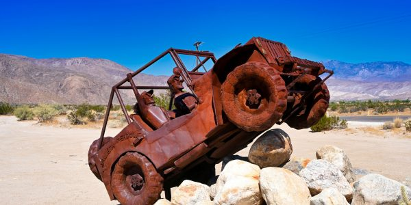 Jeep-Skulptur in Borrego Springs