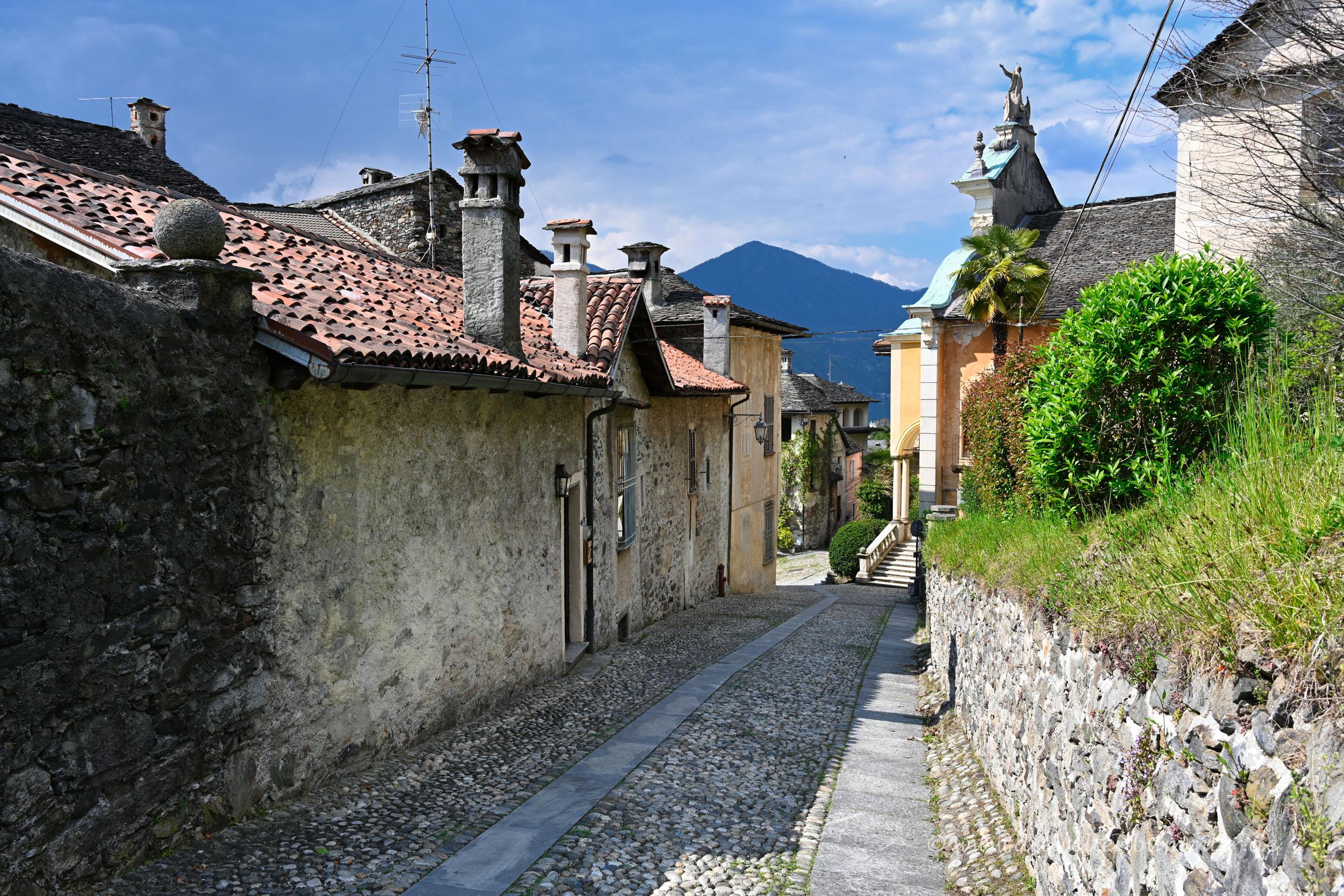 Abstieg nach San Giulio