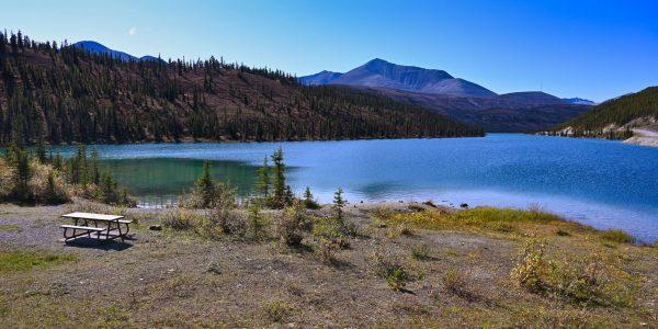 Campingplatz am Muncho Lake