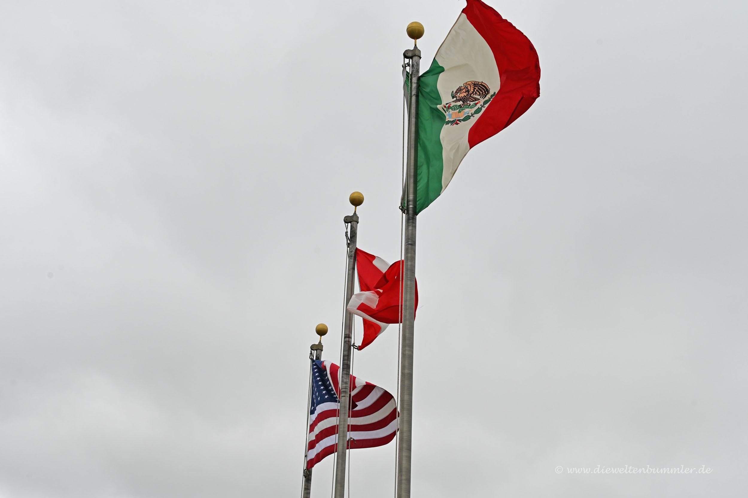 Flagge von Kanada und Mexiko