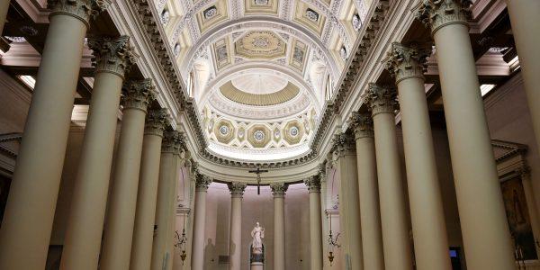 Im Inneren der Basilika