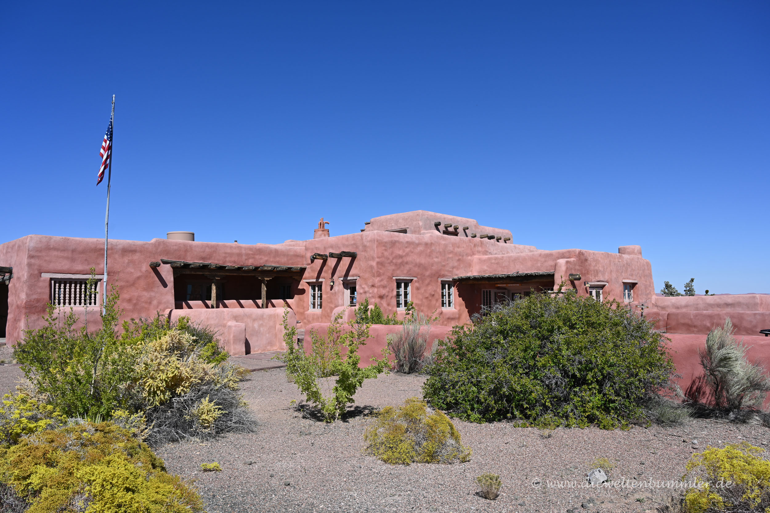 Lodge Painted Desert Inn