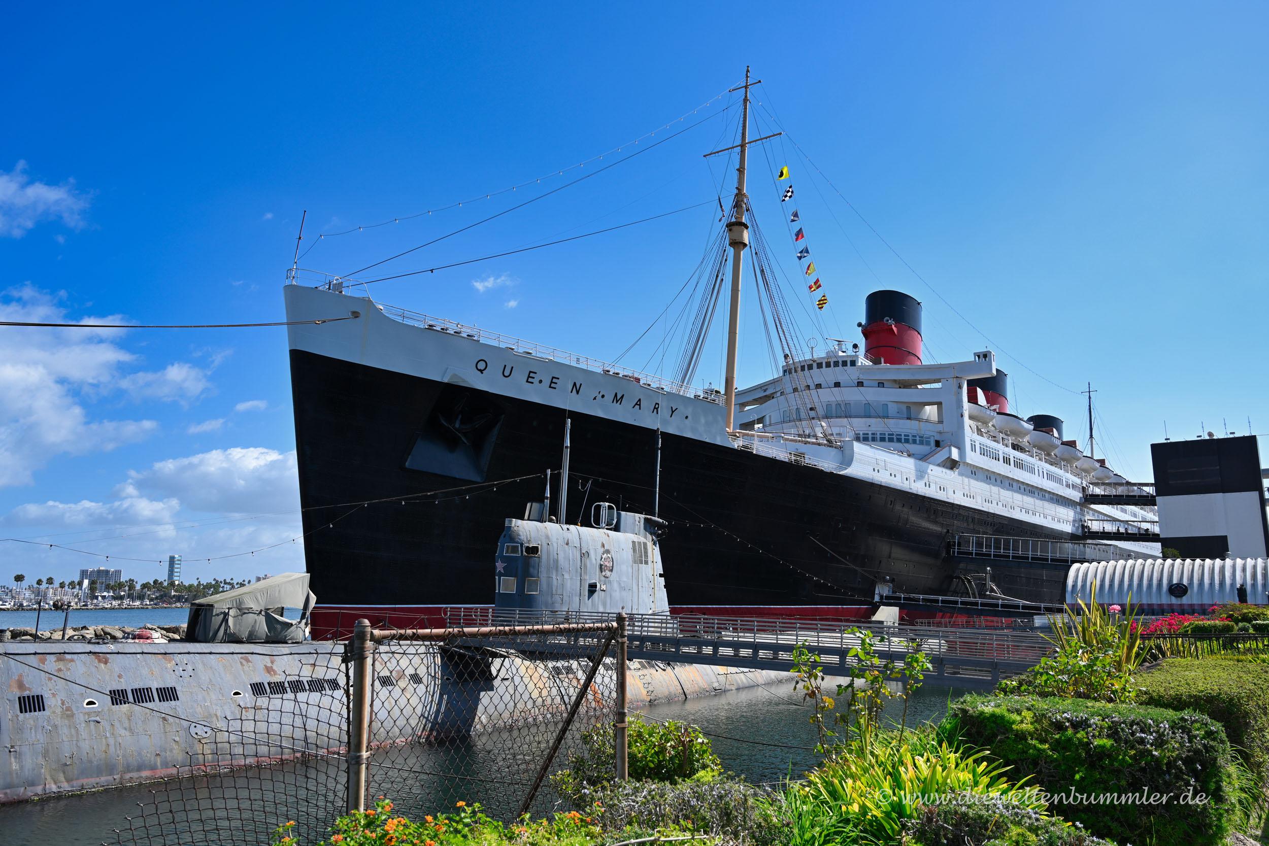 Queen Mary und U-Boot