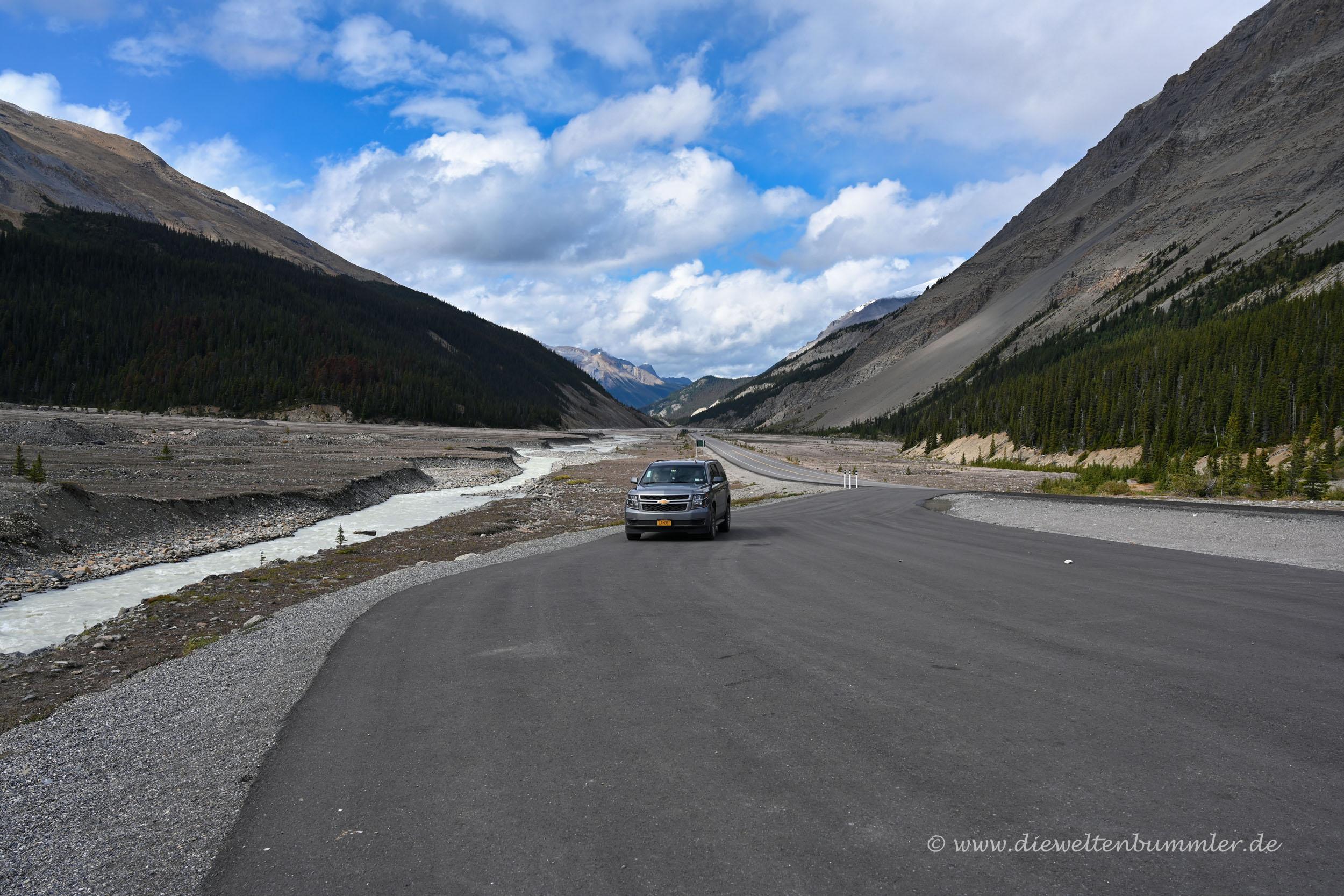 Unser Wagen am Icefields Parkway