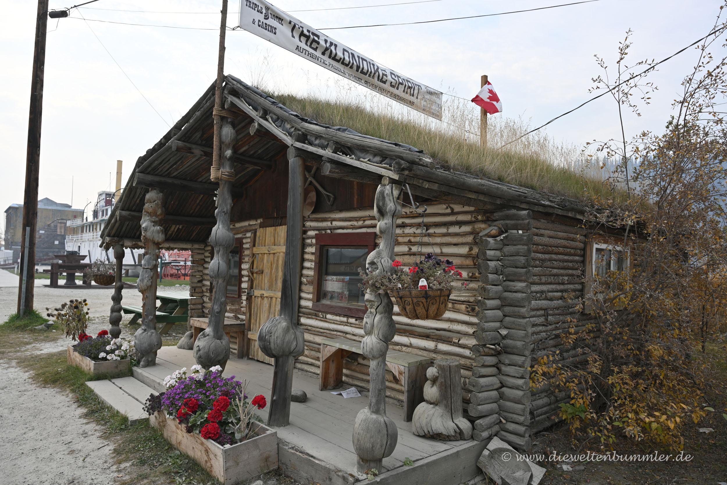 Uriges Holzhaus