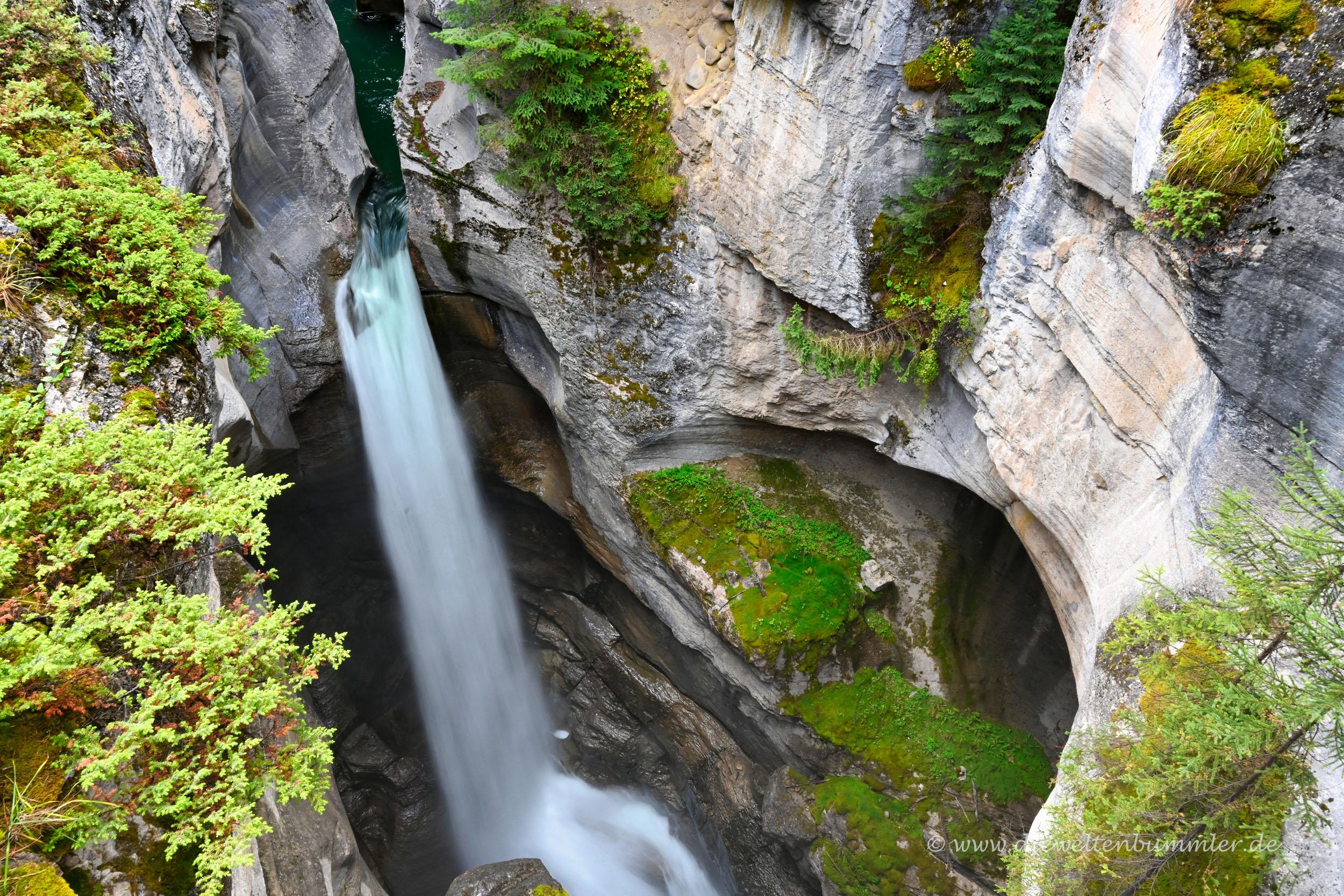 Wasserfall im Maligne Canyon
