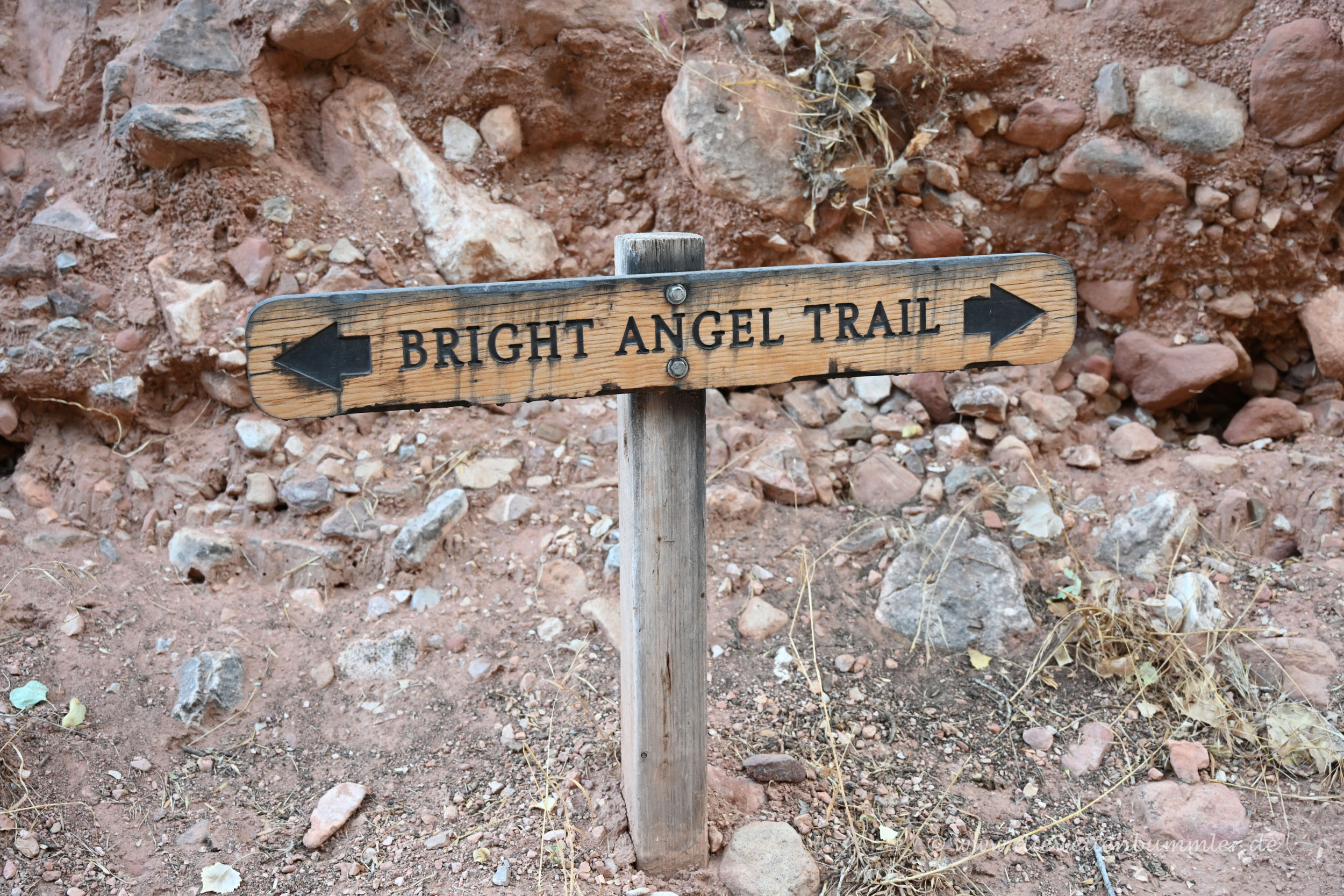 Wegweiser vom Bright Angel Trail