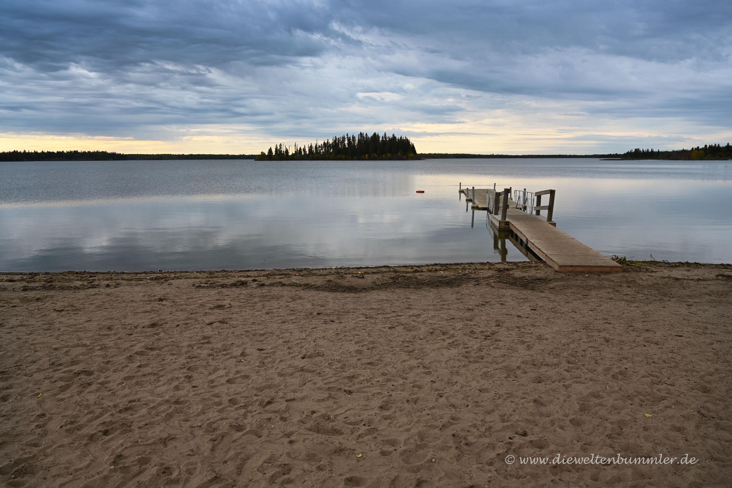 Astotin Lake im Elk Island Nationalpark