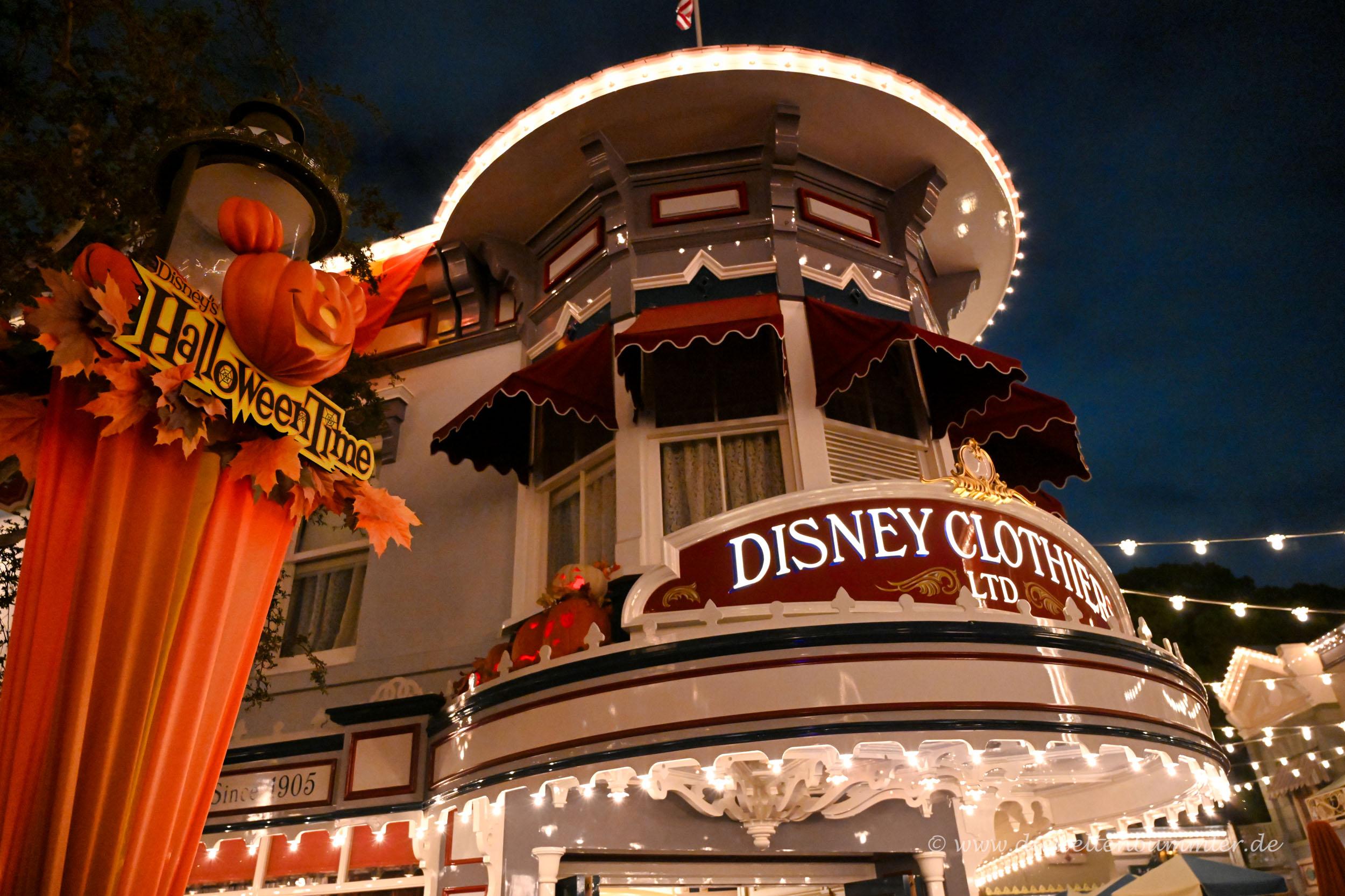 Disneyland am Abend