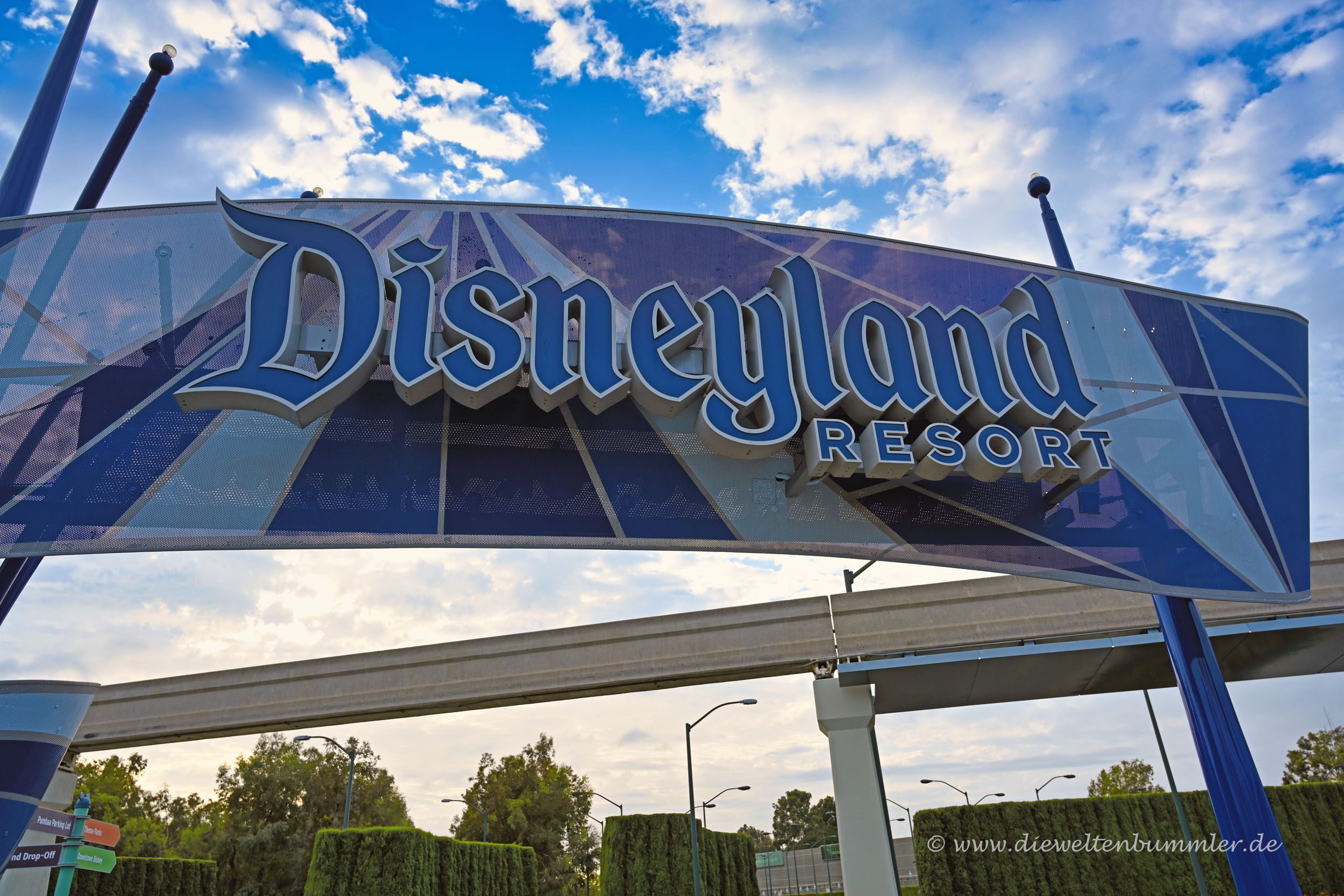 Eingang zum Disneyland