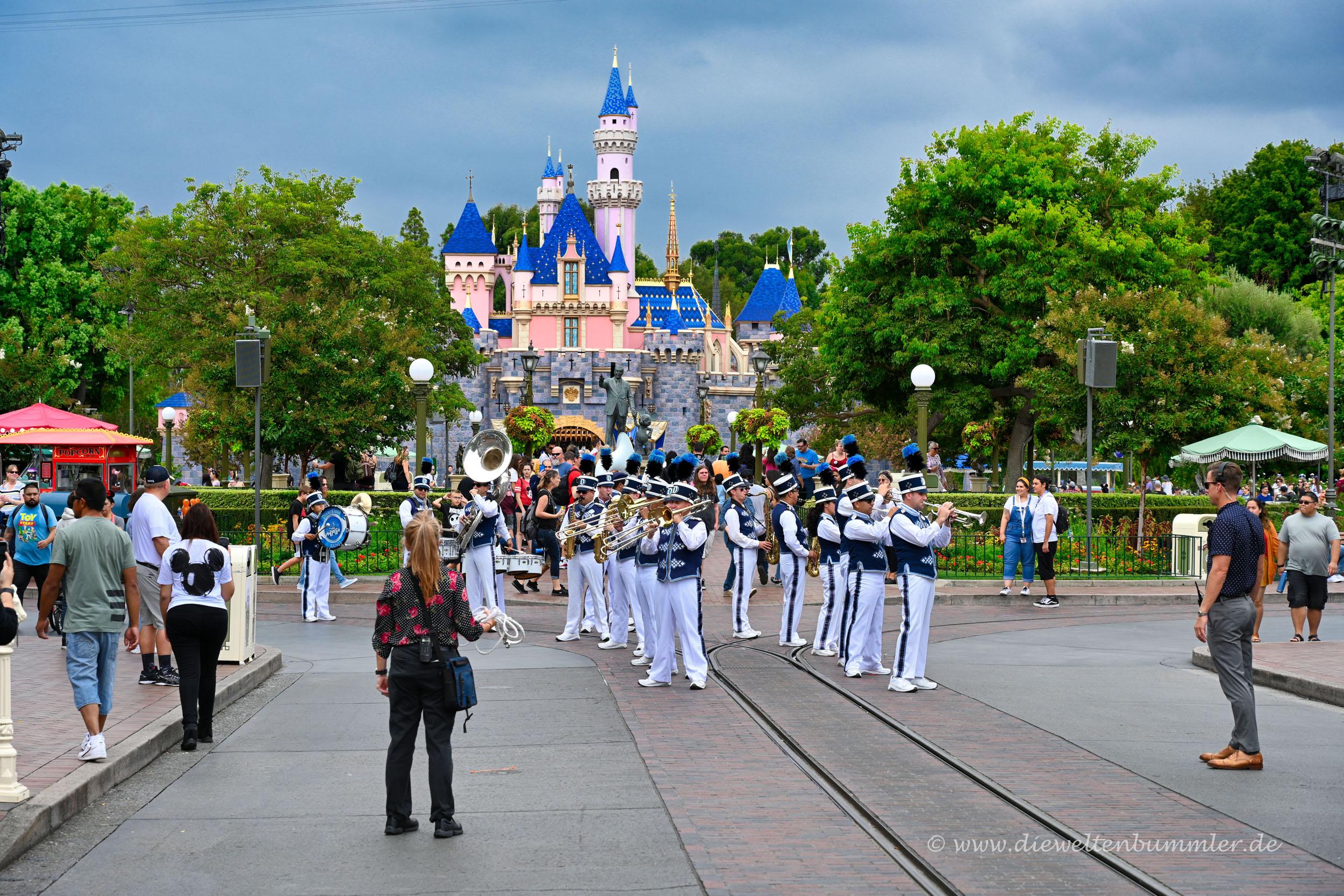 Parade im Disneyland Anaheim