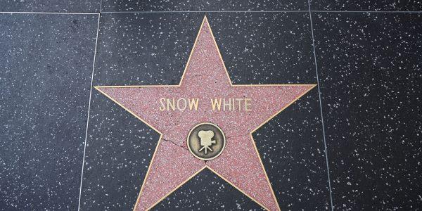 Schneewittchen mit Stern