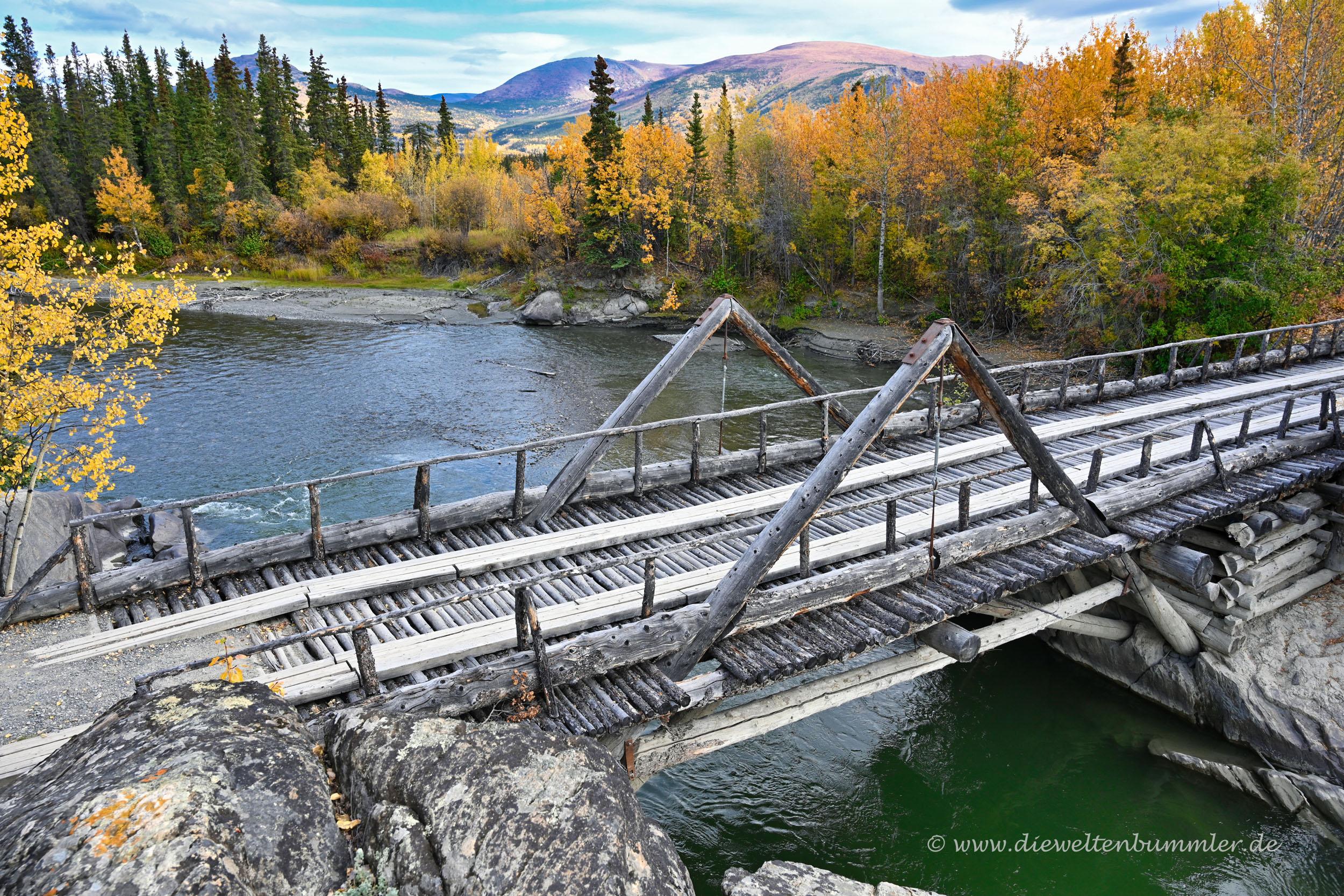 Holzbrücke am Alaska Highway
