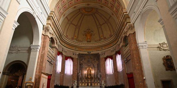 Innerhalb der Kathedrale