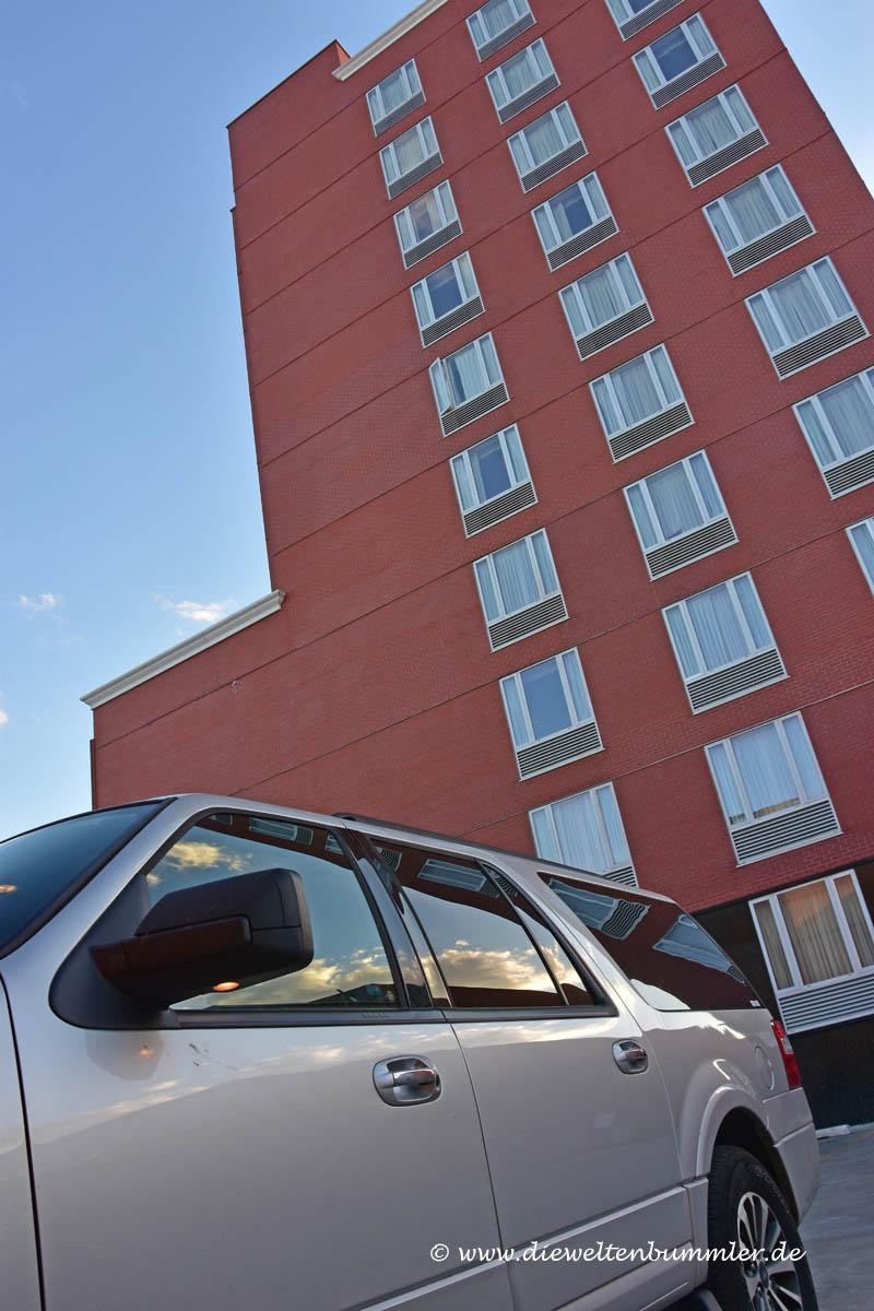 Parkplatz am Hotel