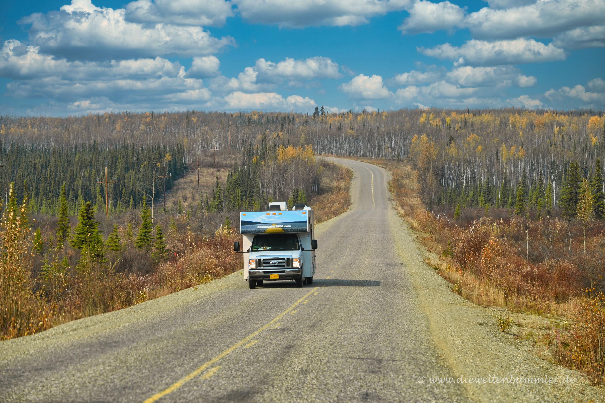 Wohnmobil auf dem Klondike Highway