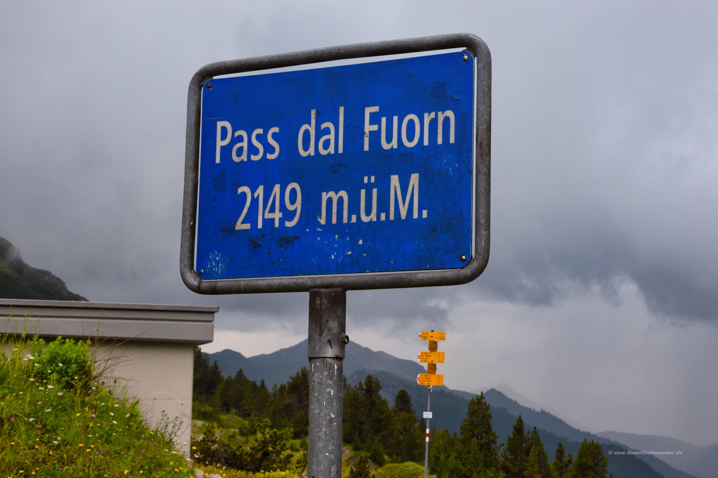 Der Pass ist 2149 Meter hoch