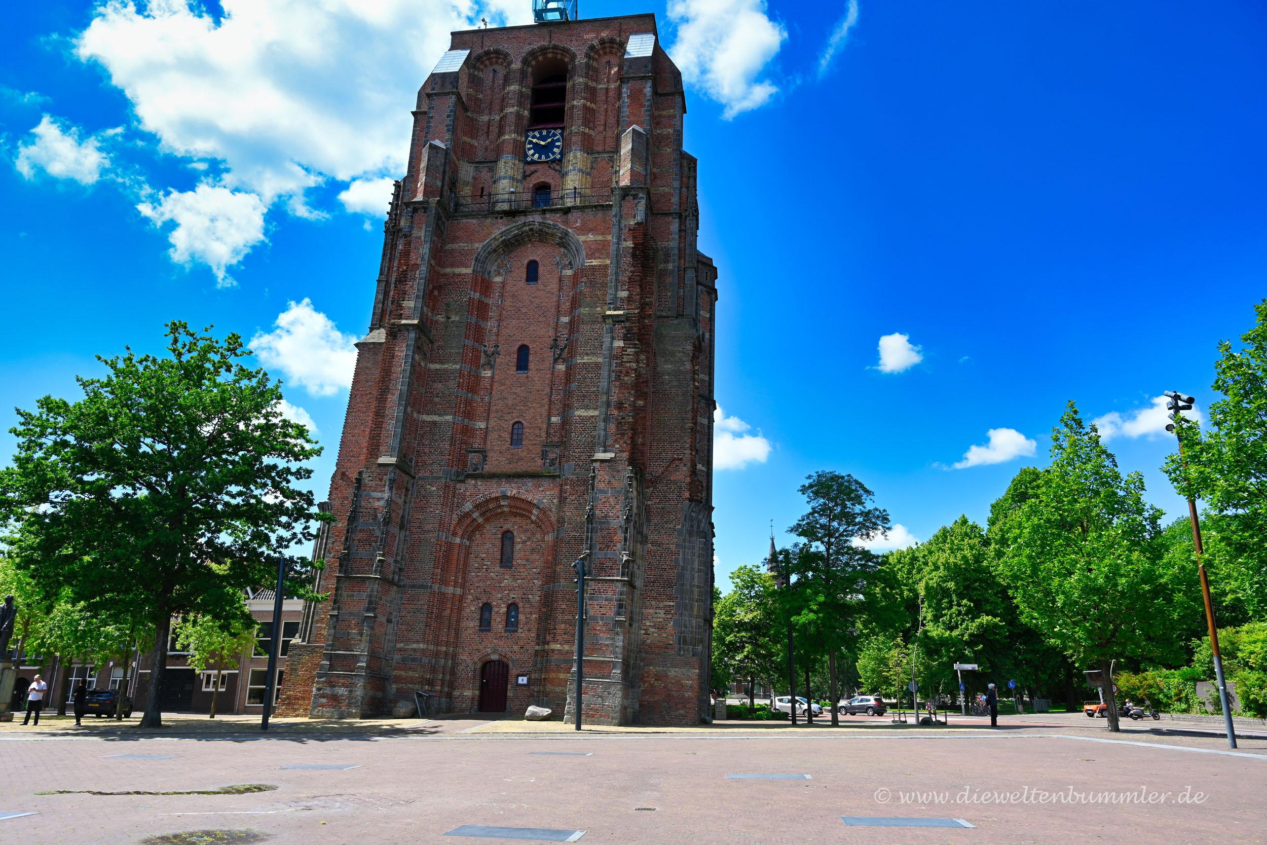 Schiefer Turm von Leeuwarden