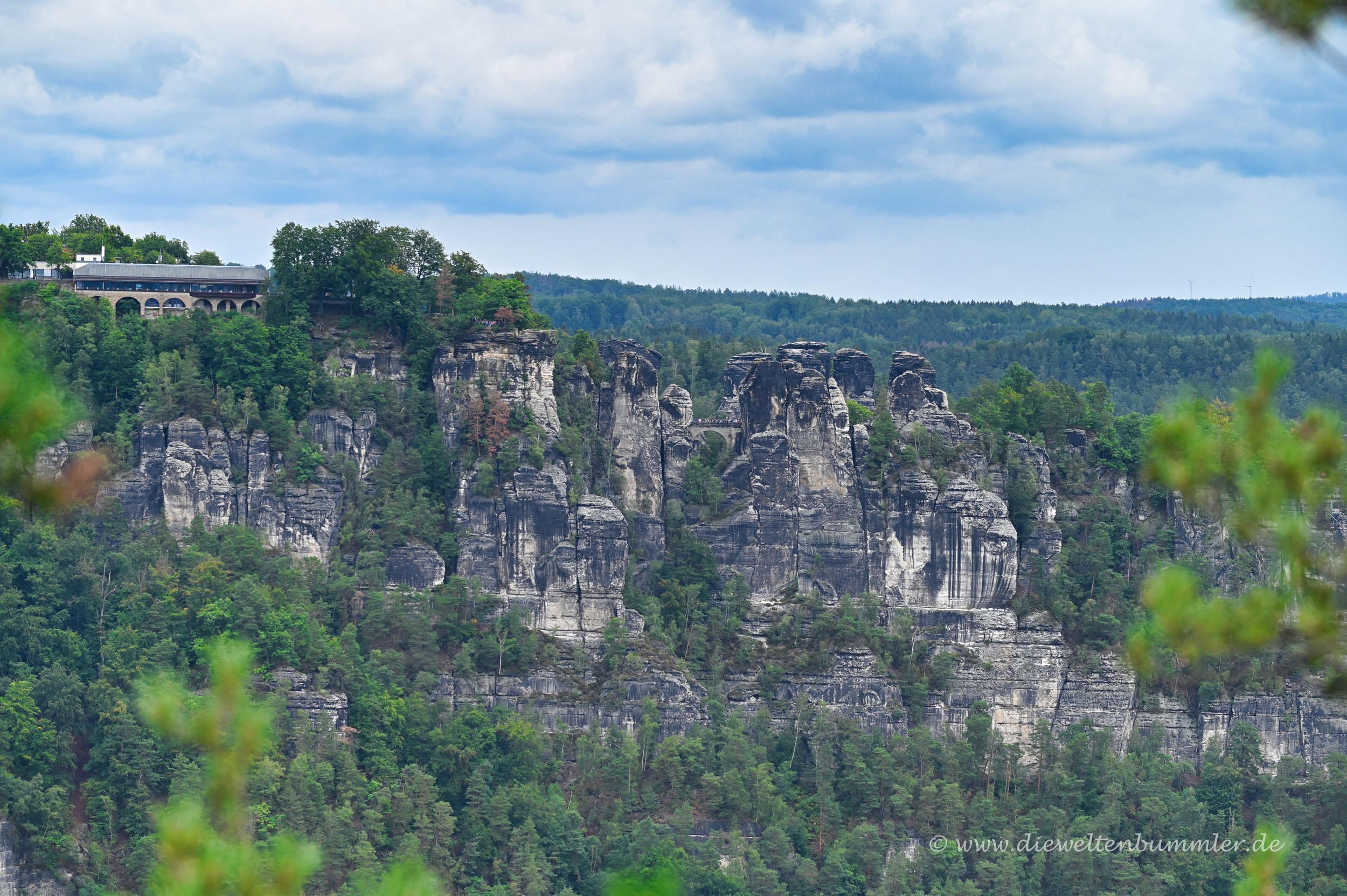 Bastei vom Rauenstein aus gesehen