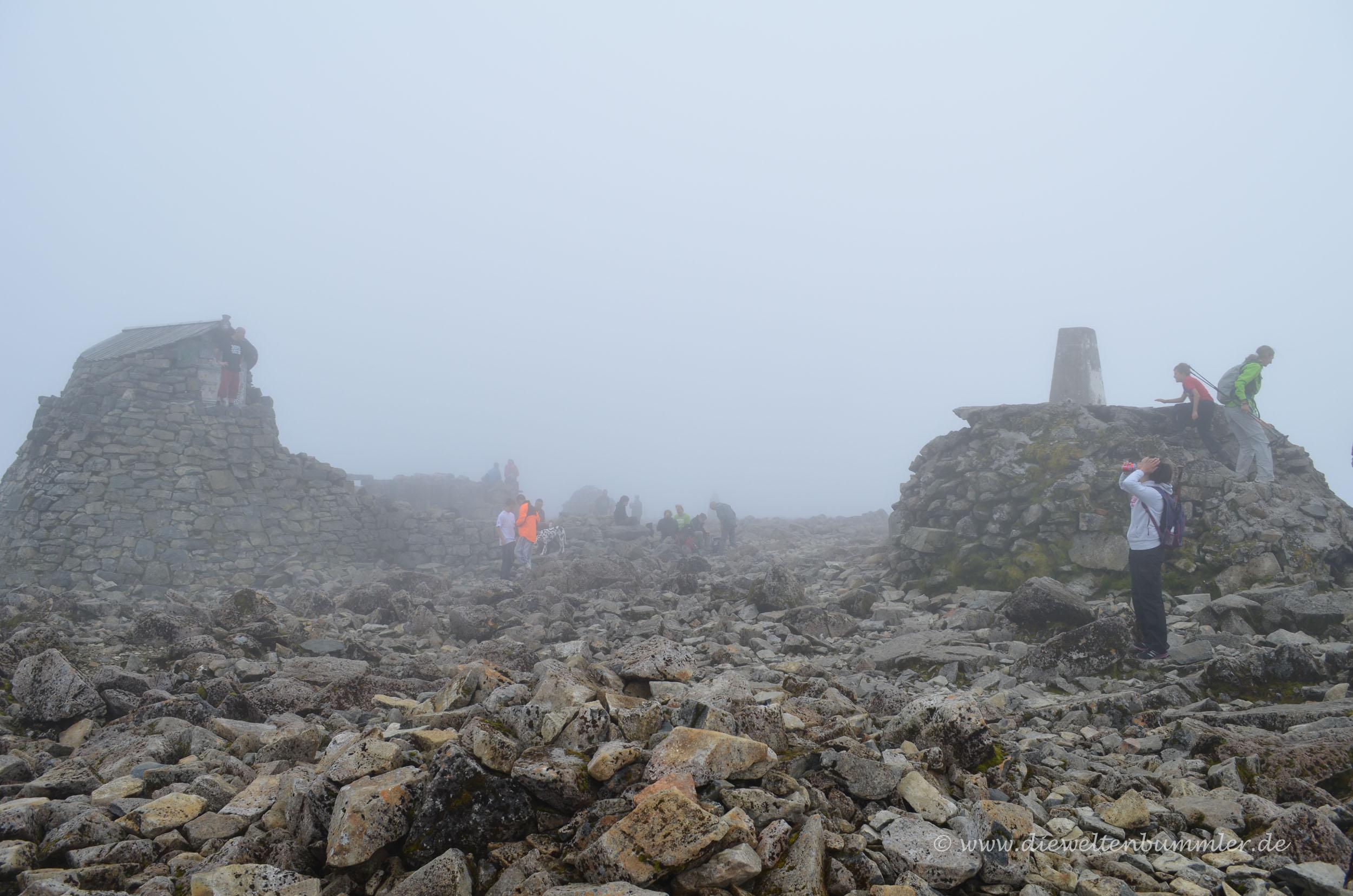 Aufstieg in den Nebel - Aussicht gleich Null